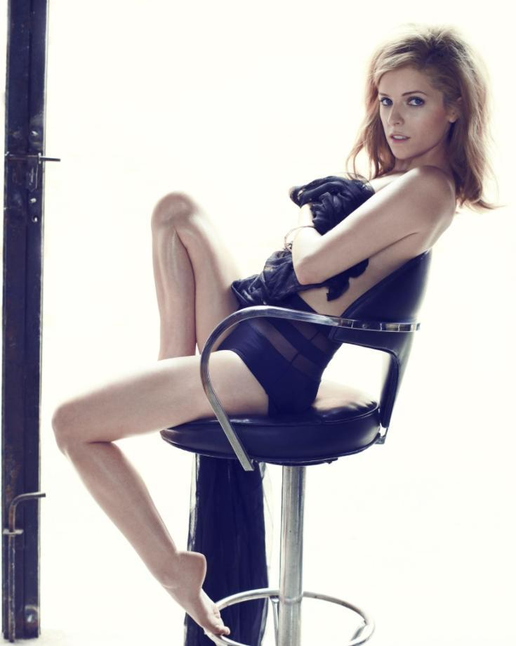 Anna kendrick sexy pics (2)