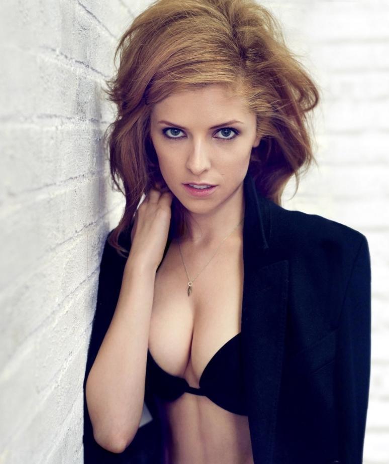 Anna kendrick sexy pics (4)