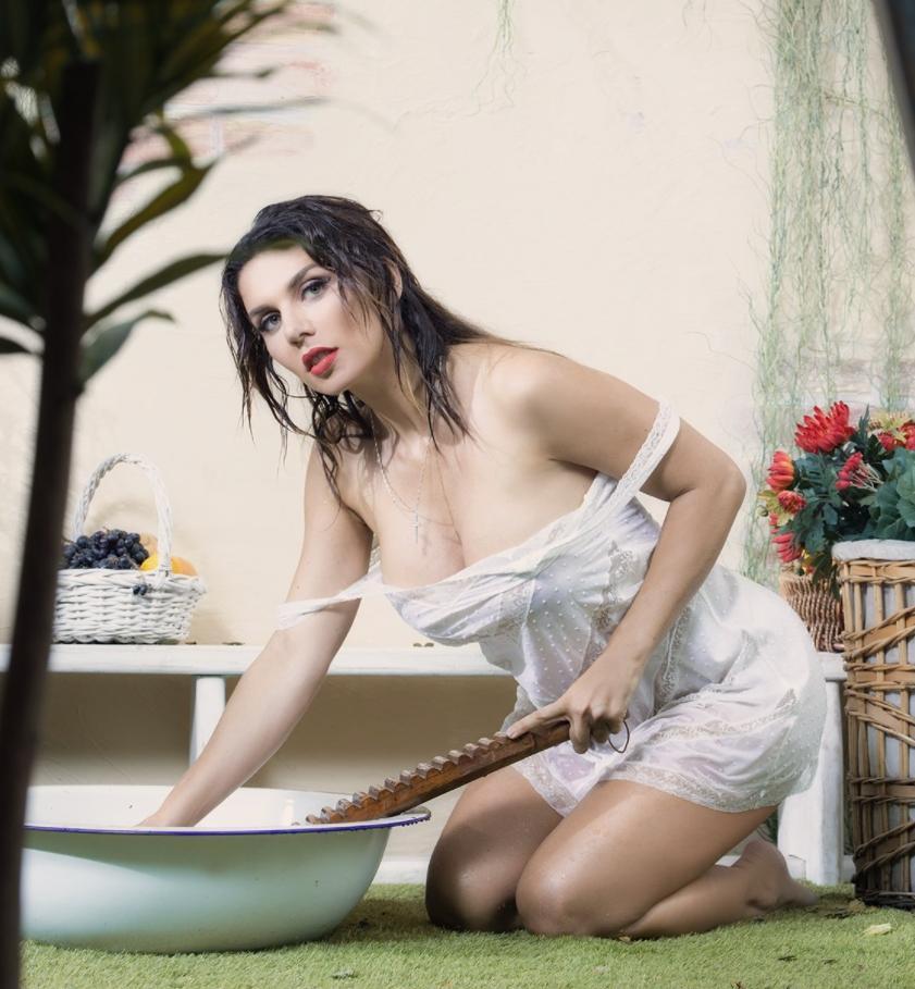 Анна седокова эро фото ню в откровенных позах (3)