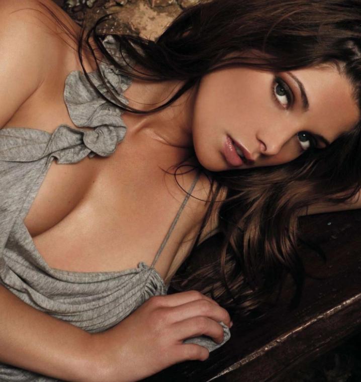 Ashley greene hot photos (16)