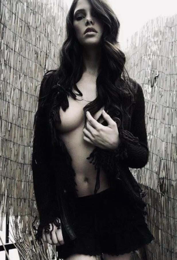 Ashley greene hot photos (23)