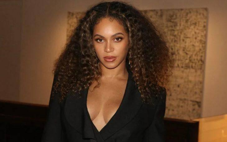 Красивая певица Beyonce
