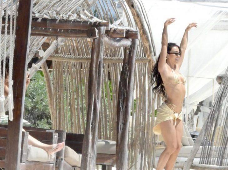 Bre tiesi слитые фото в купальнике с пляжа в мексике