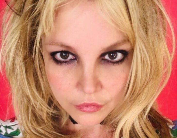 Бритни спирс с новой причёской (2)