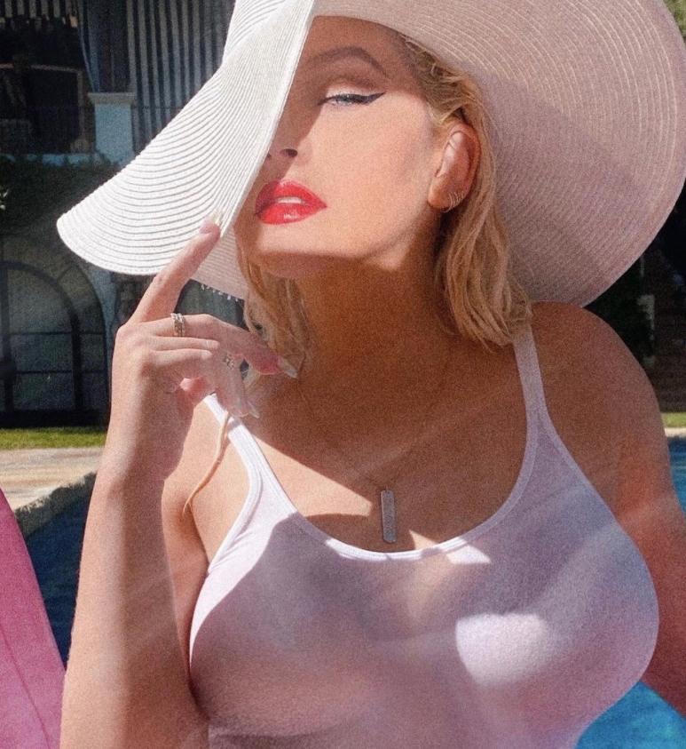 Christina aguilera sexy (5)
