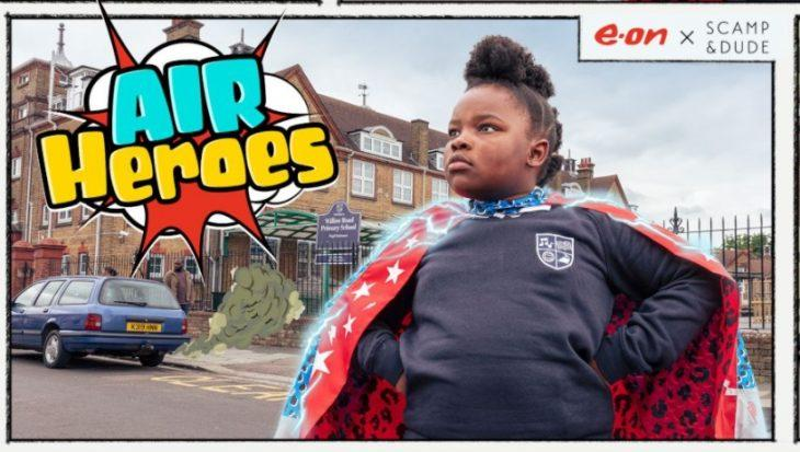 E.ON Energy создает для детей супергеройские плащи
