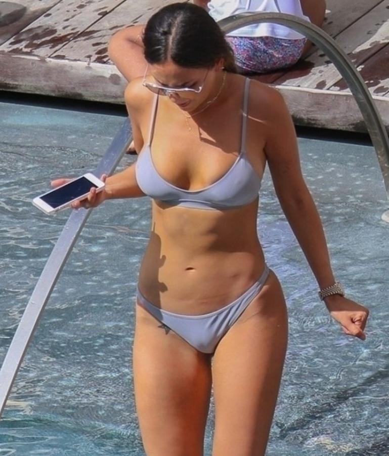 Eiza gonzalez горячие фото в купальнике и нижнем белье