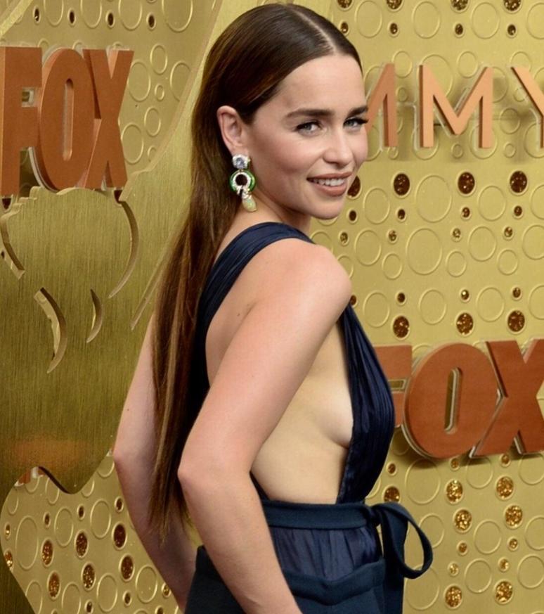Emilia clarke сексуальные фото (10)