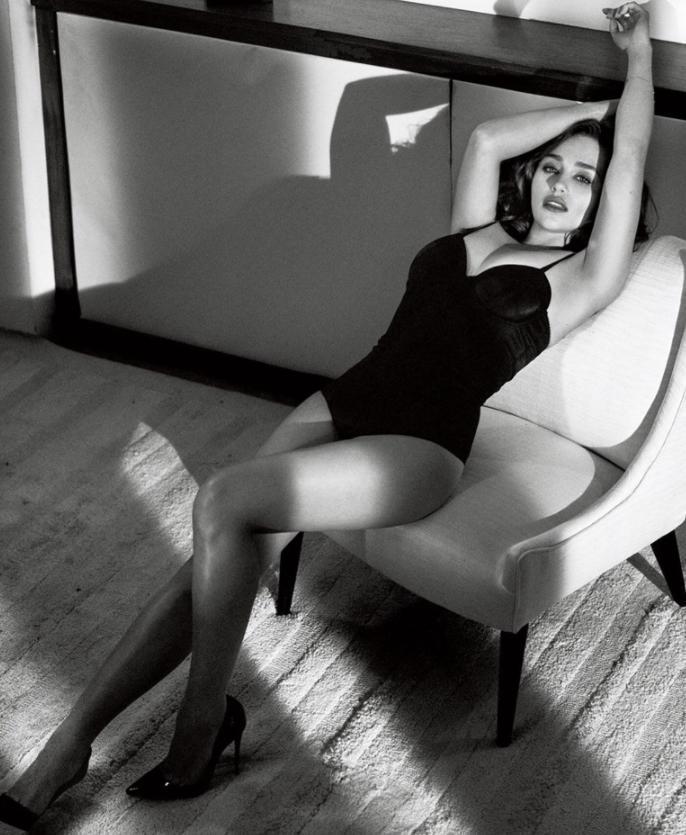 Emilia clarke сексуальные фото (12)