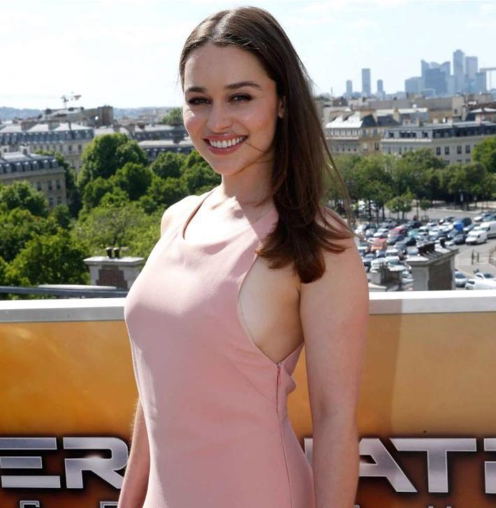 Emilia clarke сексуальные фото (6)