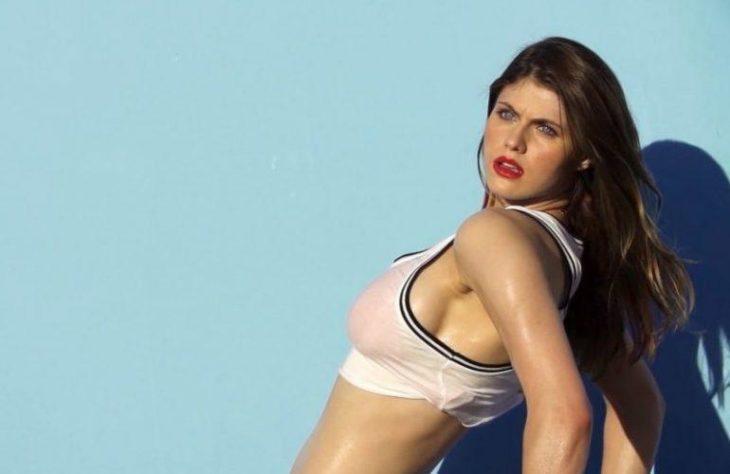 Известная актриса в нижнем белье (2)