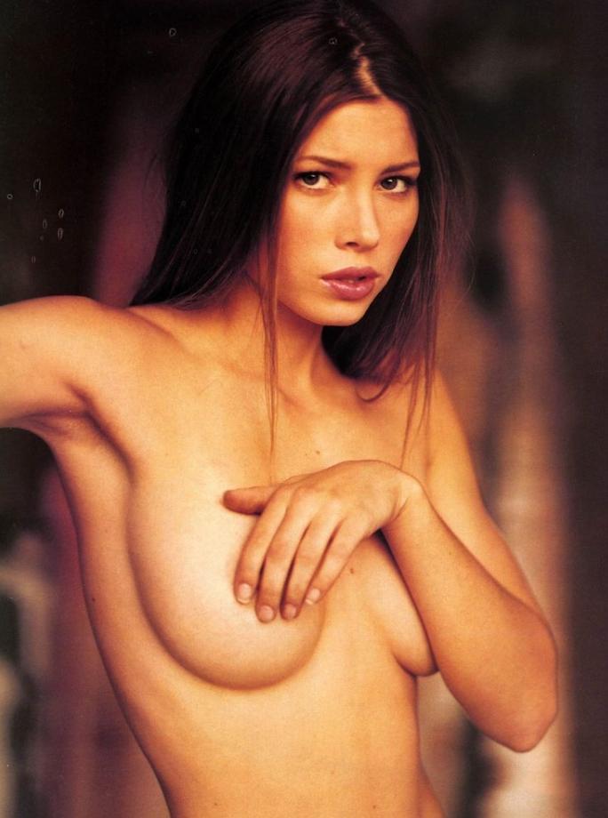 Jessica biel topless (4)