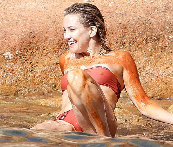 keyt hadson v kupalnike 15 Знаменитости Kate Hudson, Вездесущие папарацци 19