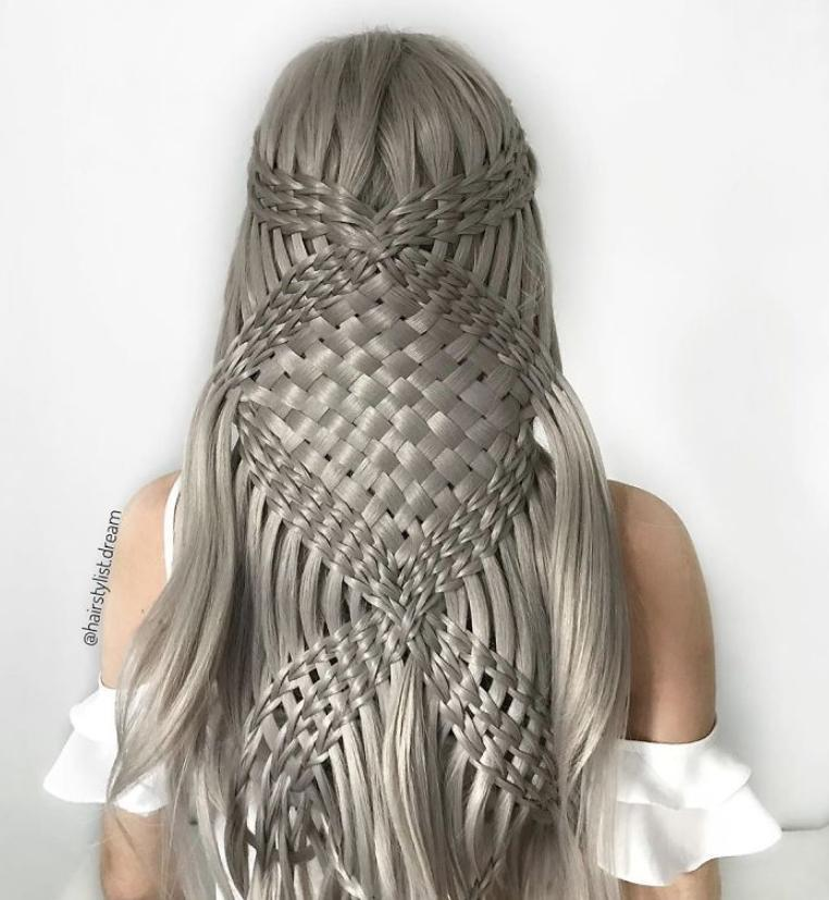 20 удивительных дизайнов причесок длинных волос от известного стилиста