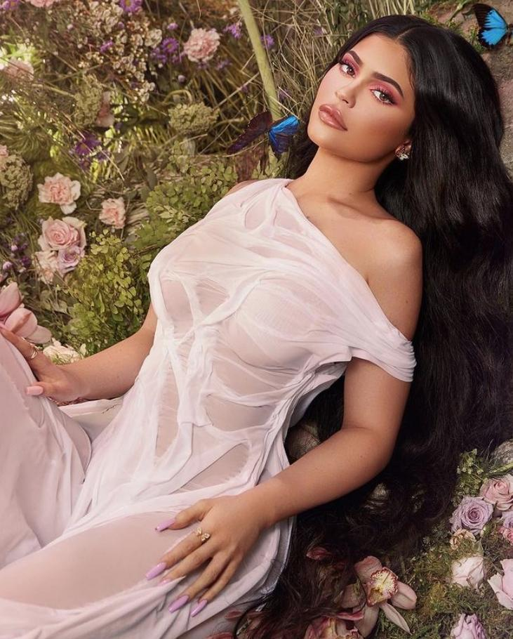 Kylie jenner секси (12)