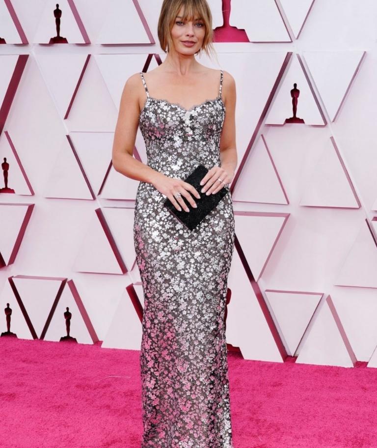 Margot robbie в секси платье на вручении наград academy awards 2021 (фото)