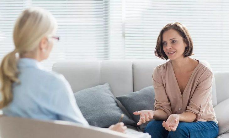 психолог со взрослым