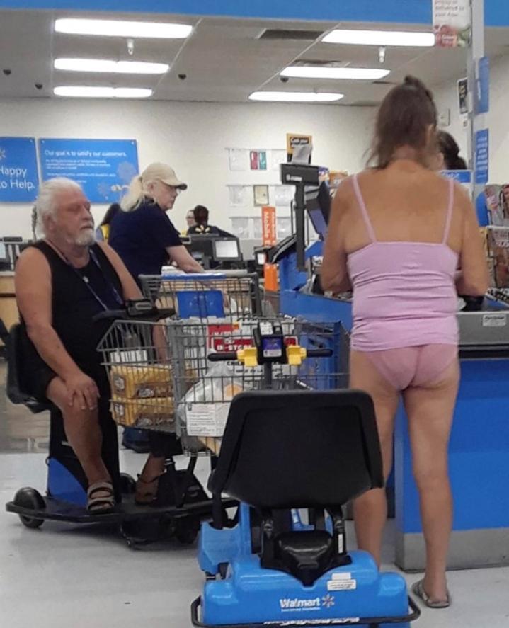 Странные люди в супермаркете (6)
