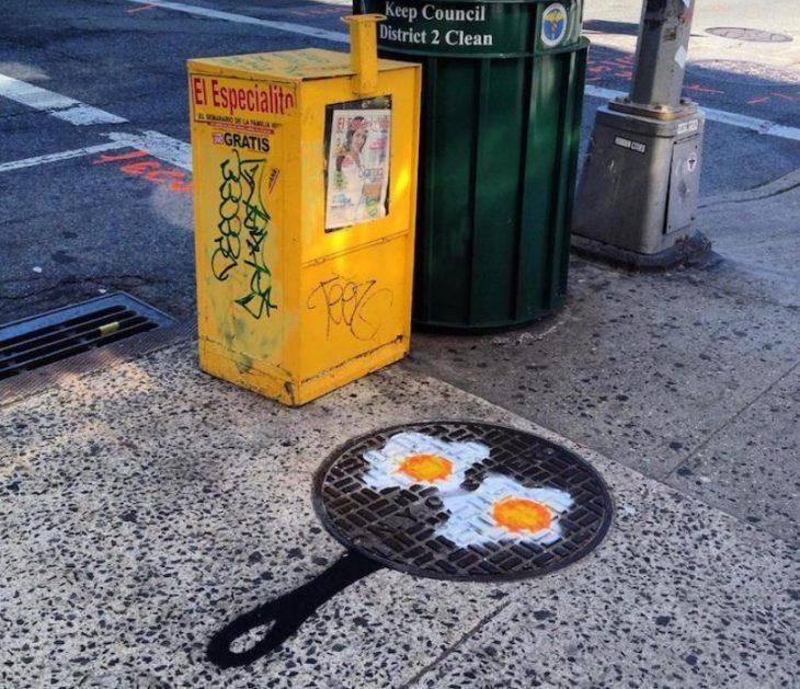 Уличный художник превращает обычные предметы в забавные произведения искусства